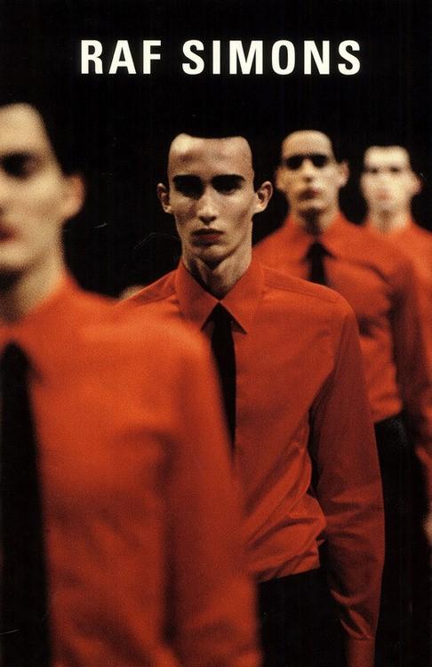 Raf Simons F/W 1998 inspired by Kraftwerk《Man Merchine》(1978)