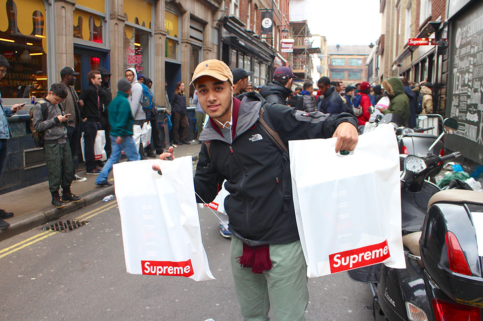 Supreme-x-Nike-Air-Jordan-V-London-Release-Recap-3