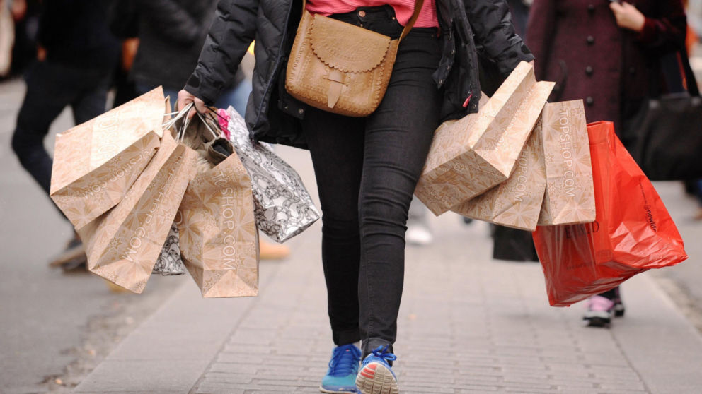 File photo dated 06/12/11 of a lady carrying shopping bags as UK retail sales have rebounded from their June slump, providing some assurance that Brexit is not deterring shoppers from splashing out. PRESS ASSOCIATION Photo. Issue date: Thursday August 18, 2016. According to the Office for National Statistics, sales grew by 1.4% in July, much better than expectations for a 0.1% rise. See PA story CITY RetailSales. Photo credit should read: Dominic Lipinski/PA Wire