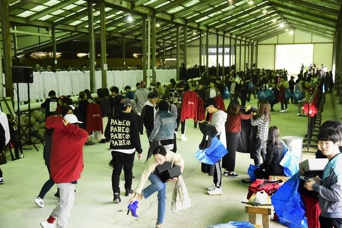 matchefashion-com-x-vetements-event-korea-4