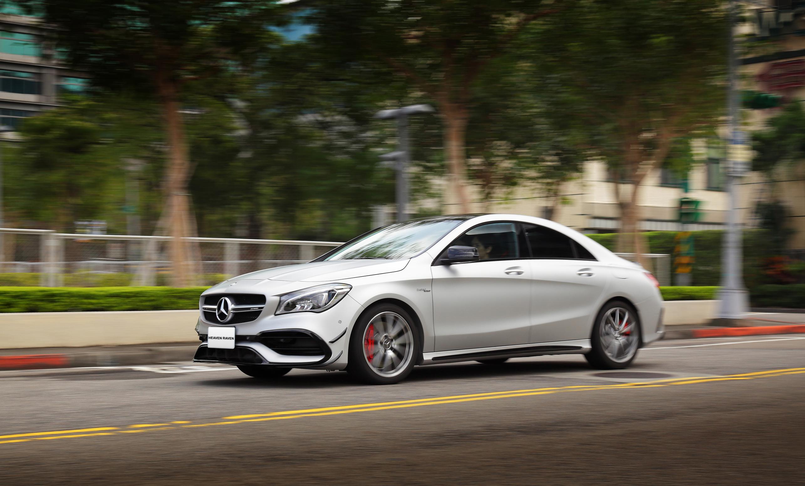 穩定的操控性,提供更豐富的駕駛樂趣。