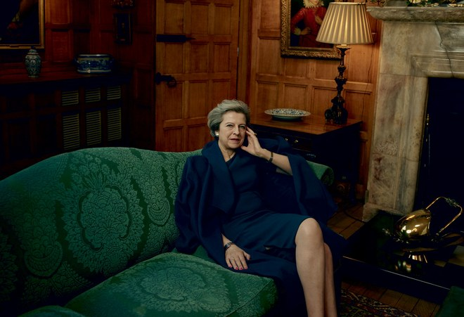 英國首相德蕾莎梅伊(Theresa May)登上5月版Vogue