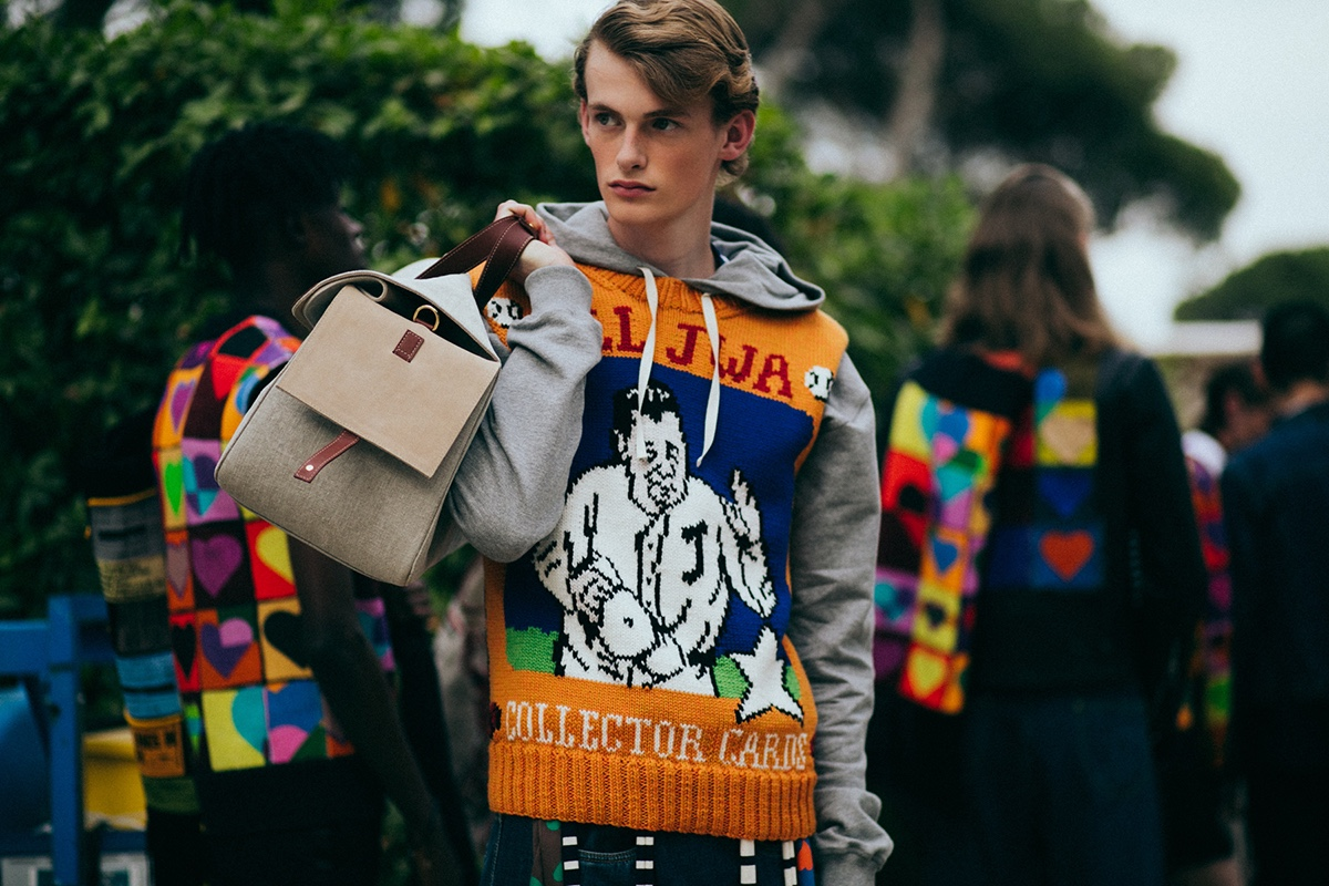 http-hypebeast.comimage201706JW-Anderson-Backstage-Spring-Summer-2018-34
