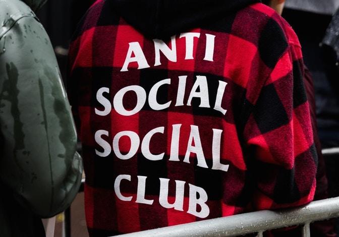 http-hypebeast.comimage201709anti-social-social-club-fulfillment-1