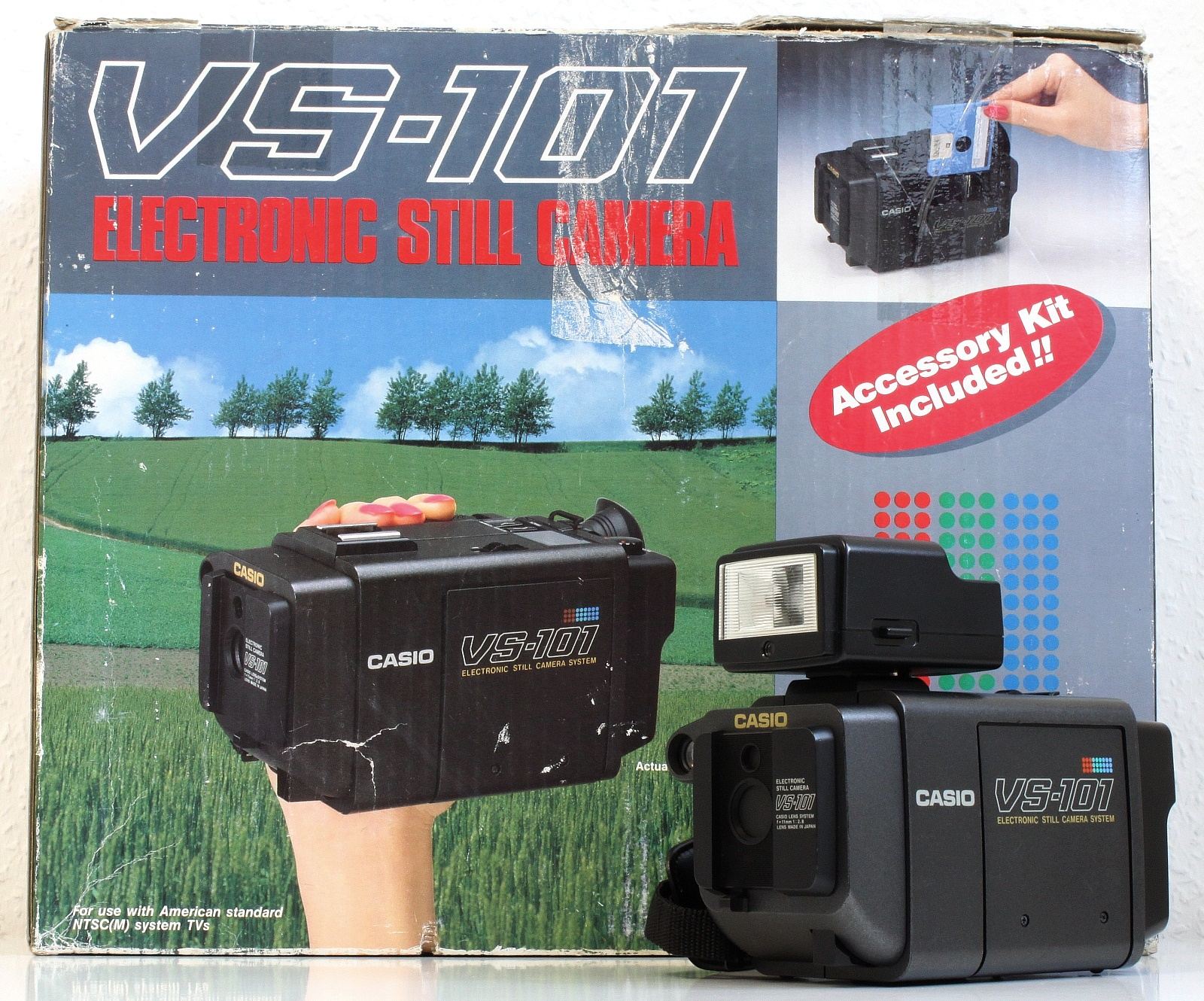 看起來像錄影機卻只能拍照的 VS-101