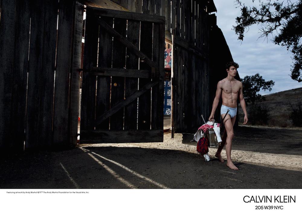 calvin-klein-spring-2018-ad-campaign-5
