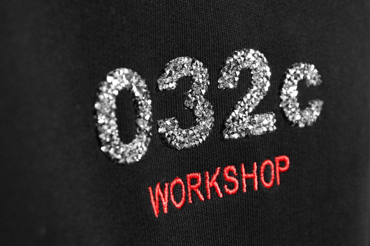 032c_crystal_hoodie_detail_2048x2048.progressive