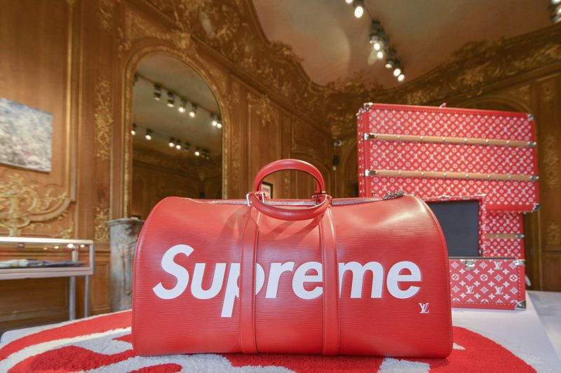 Supreme 拍賣會 photo via Bloomberg