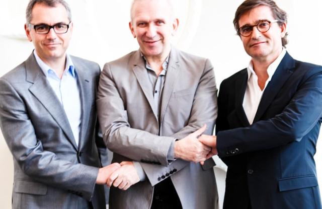 左起:Marc Puig、Jean Paul Gaultier、Manuel Puig