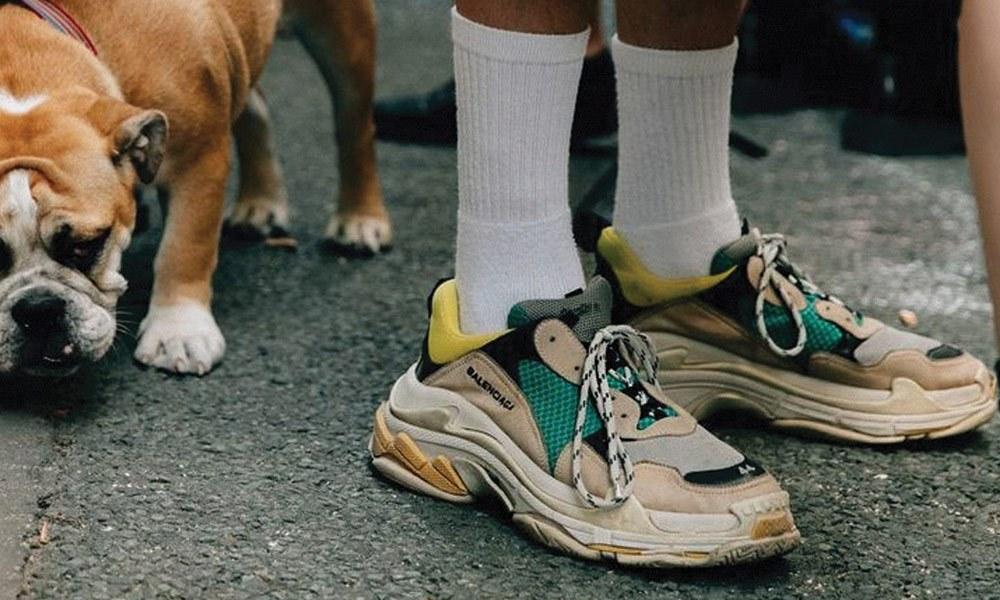 sneakers-carousel1