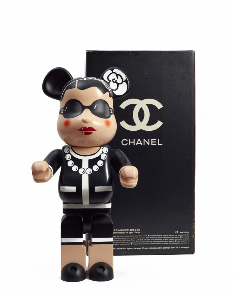 Lempertz-1082-188-Hommage-a-Coco-The-CHANEL-Sale-Chanel-copy-after-Poupee-Be@rbrick-no-989-b